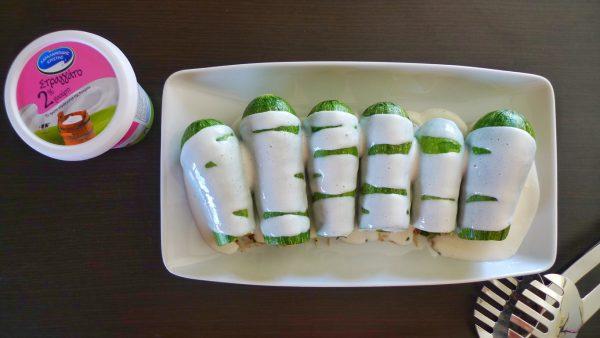 Dinner Set Tuin : Stuffed zucchinis with yoghurt sauce frixos personal chefing